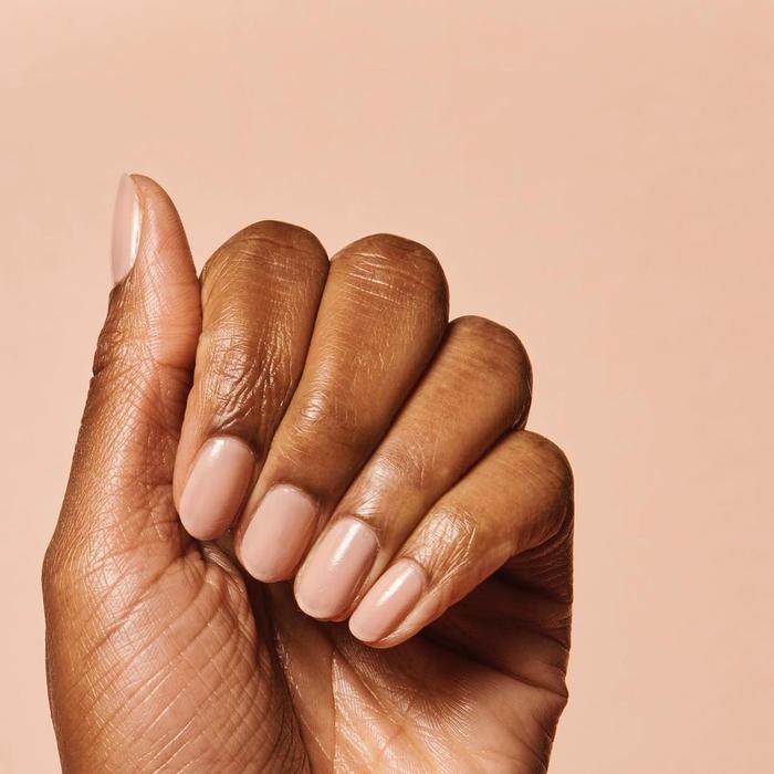 Nail Colors for Dark Skin