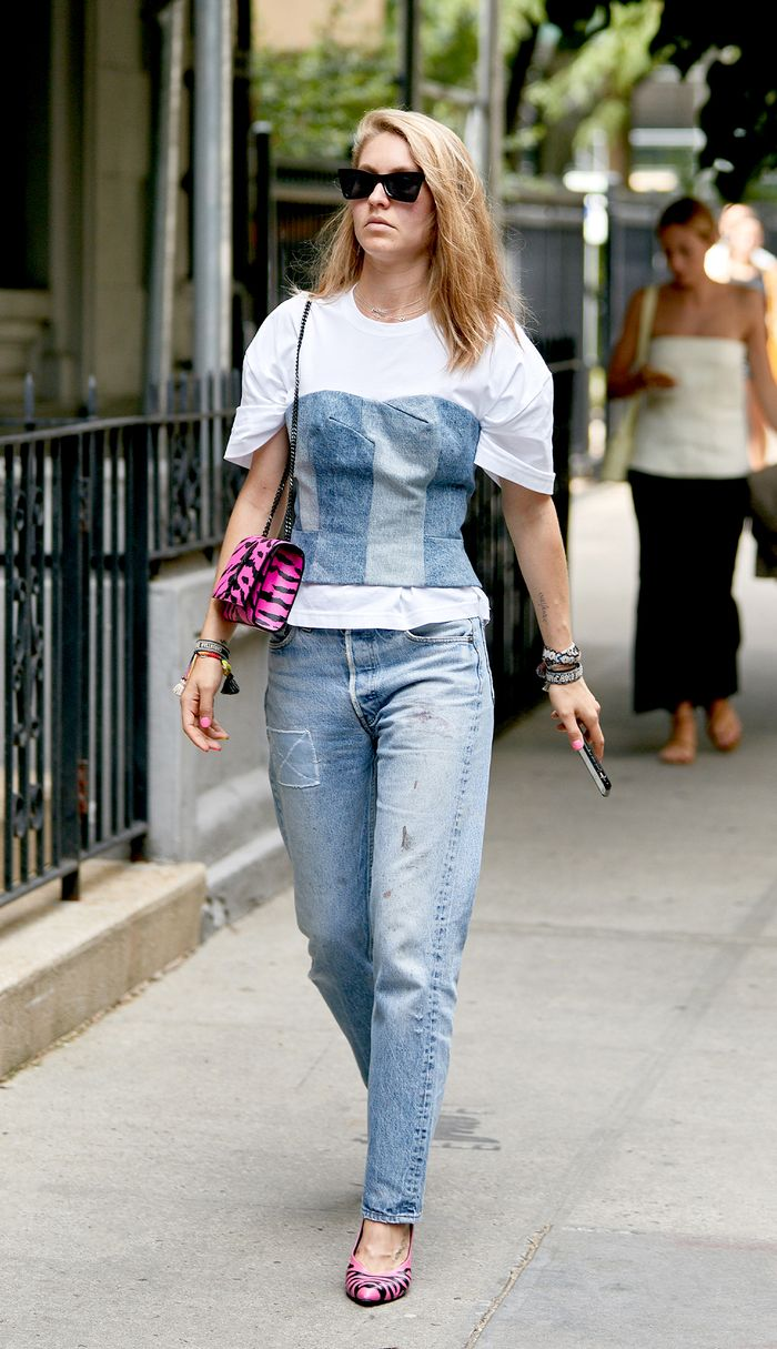 NYC-girl style with jeans outfit