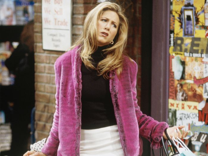 7 Fall Outfit Ideas From Rachel Green, Rory Gilmore, and Hilary Banks