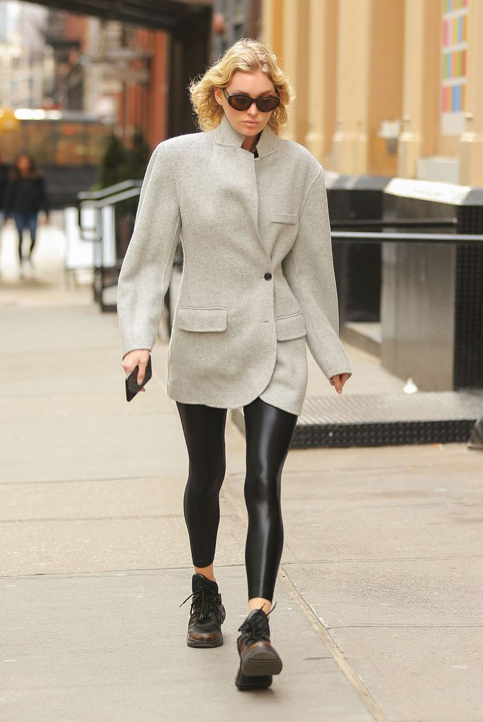 How to wear leggings in the winter with Elsa Hosk