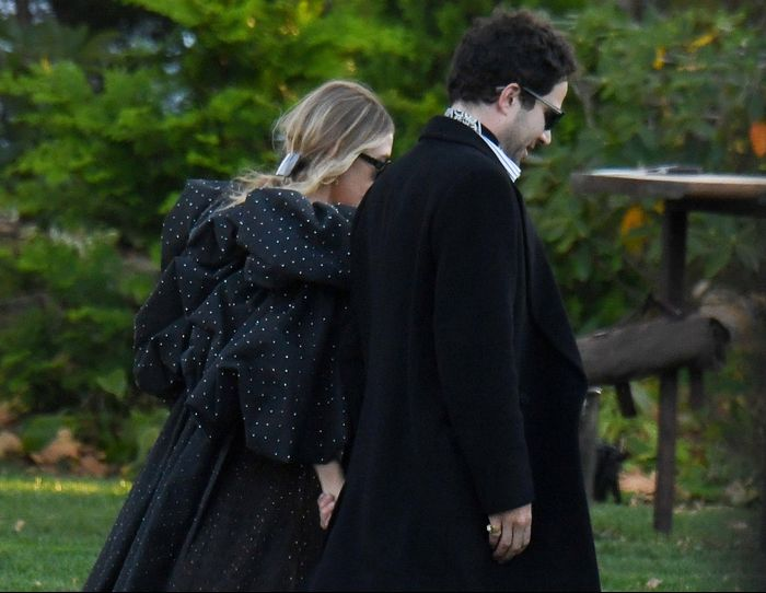 Ashley Olsen Wore a Super-Dramatic Dress to Jennifer Lawrence's Wedding