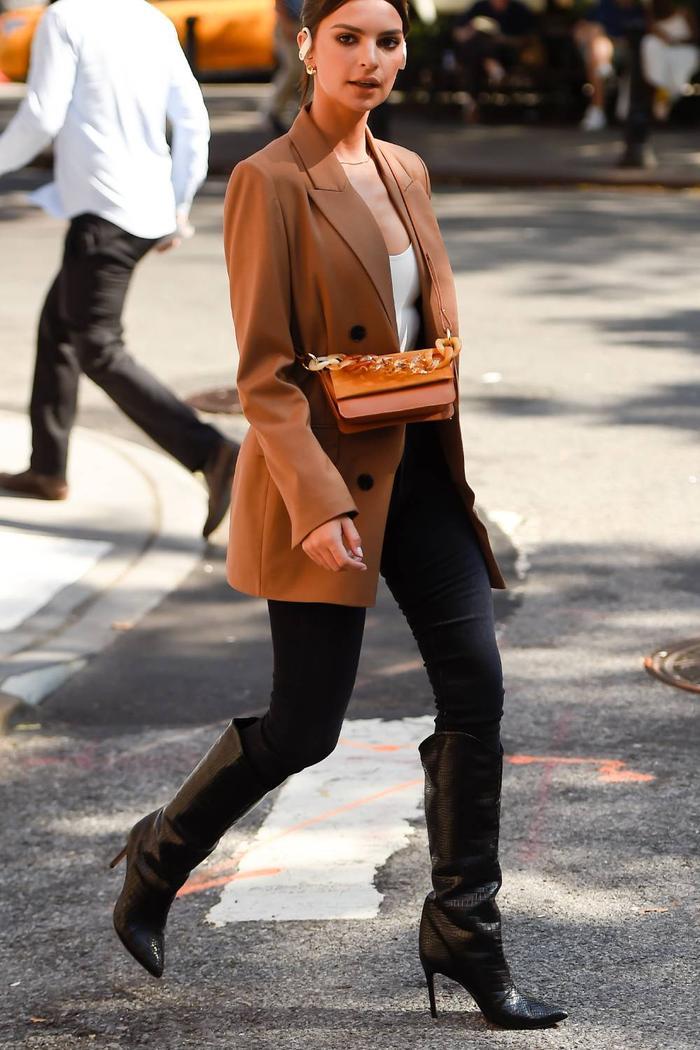 Emily Ratajkowski autumn outfits