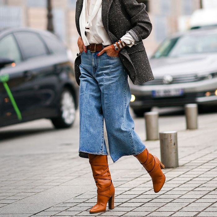 Jeans Trends 2020.The 6 Jean Trends We Ll Be Wearing In 2020 Who What Wear