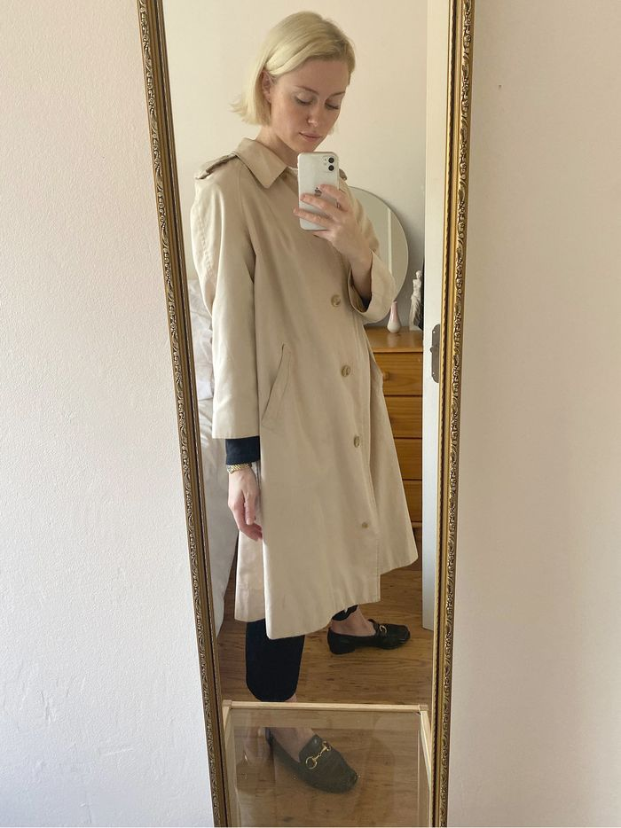 The Best Vintage Pieces on Vestiaire Collective, Etsy UK, and eBay: Isabel Mundigo-Moore wearing a Burberry trench coat