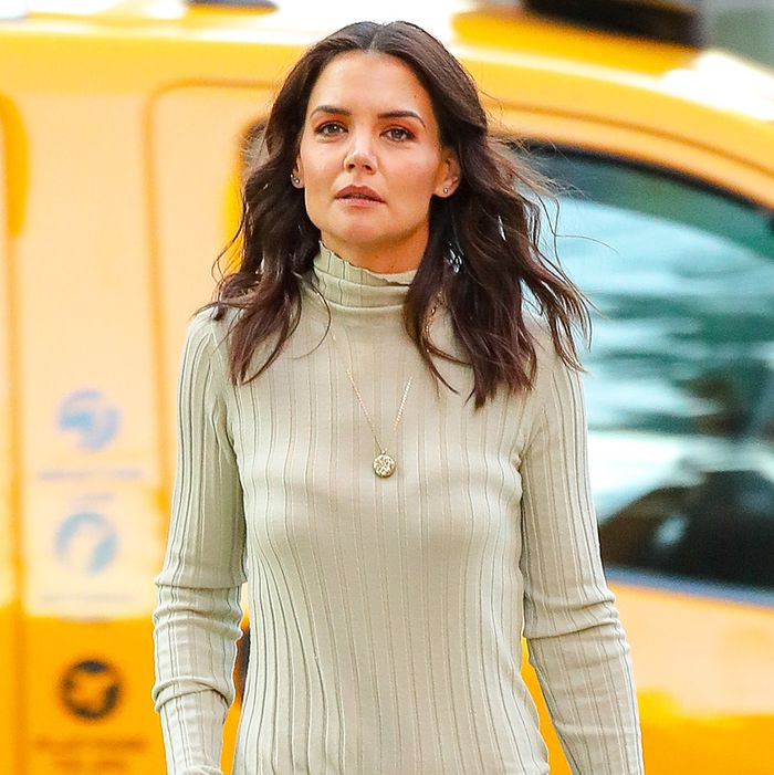 Katie Holmes Is Here to School Us on How to Wear Low-Rise Jeans From Now On