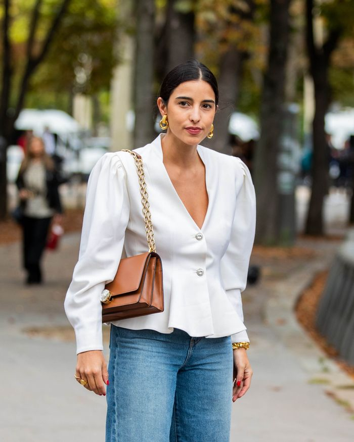 The Easiest Way to Wear Puff Sleeve Tops