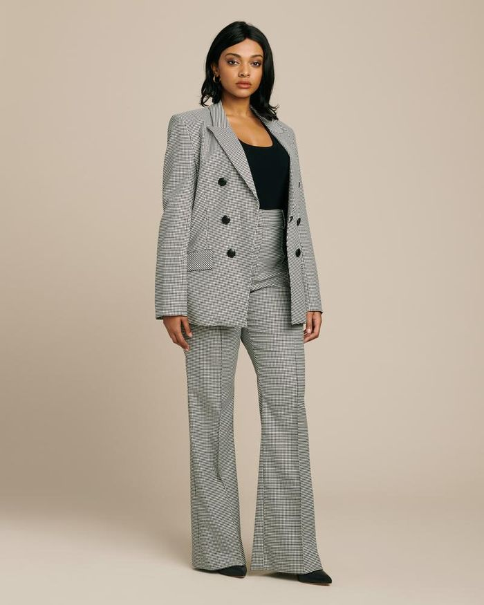 24 Fashionable Suits For Women That Are So Chic Who What Wear