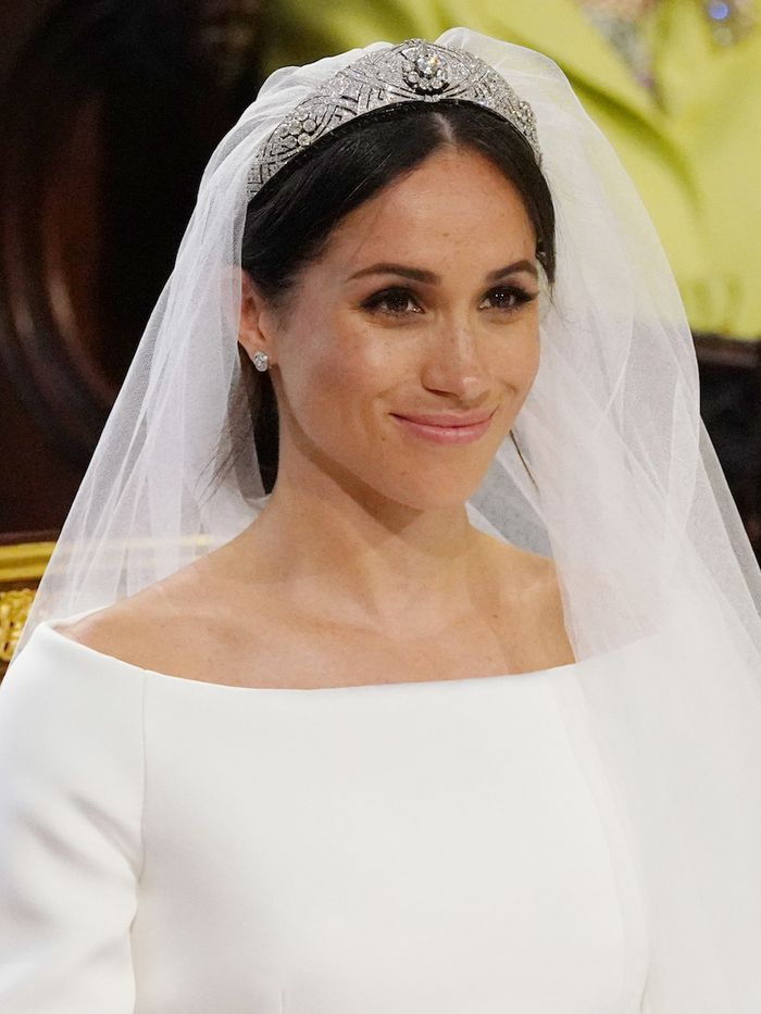Velour Lashes: Meghan Markle wore them on her wedding day