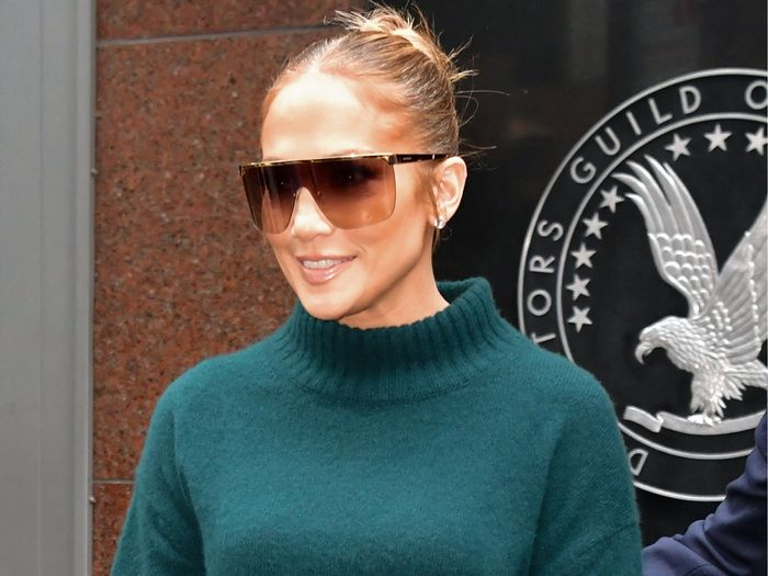 Jennifer Lopez Just Brought Back The Cult Longchamp Bag Who What Wear