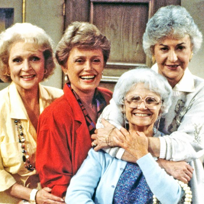 4 Grandma Trends I'm Stealing From The Golden Girls