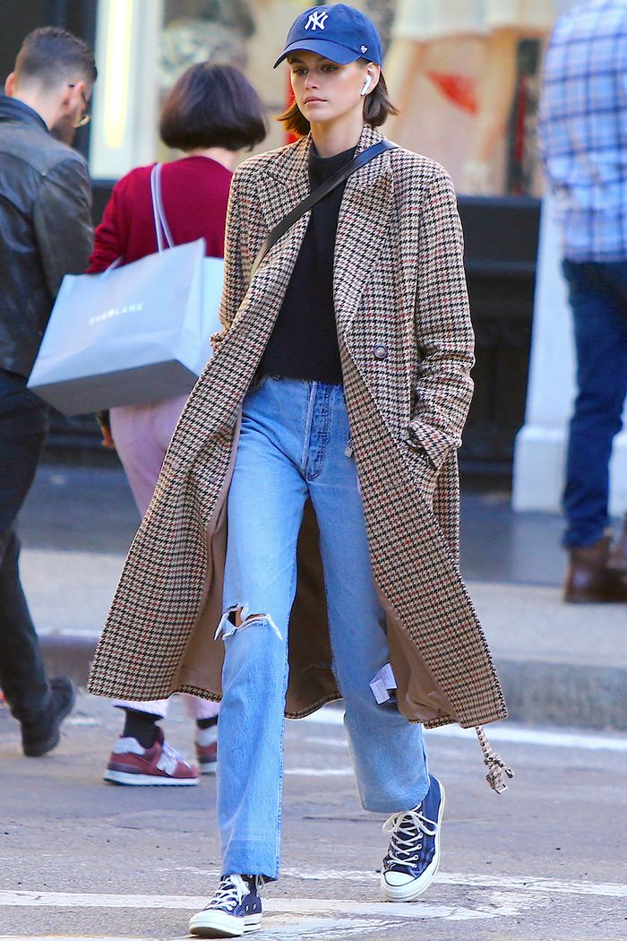 These 5 Kaia Gerber Outfits Show the Power of a Great Pair of Jeans