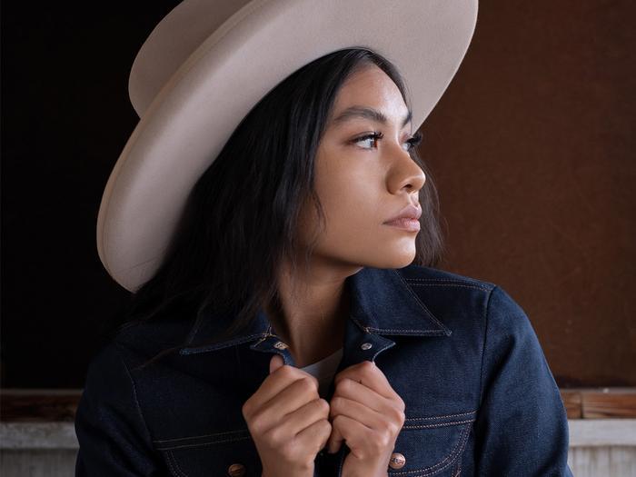 Native American Blogger, Shondina Lee in Wrangler Campaign
