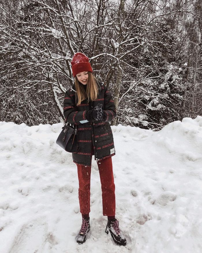 6 Winter Outfits From Women In Europe S Coldest Cities Who What Wear