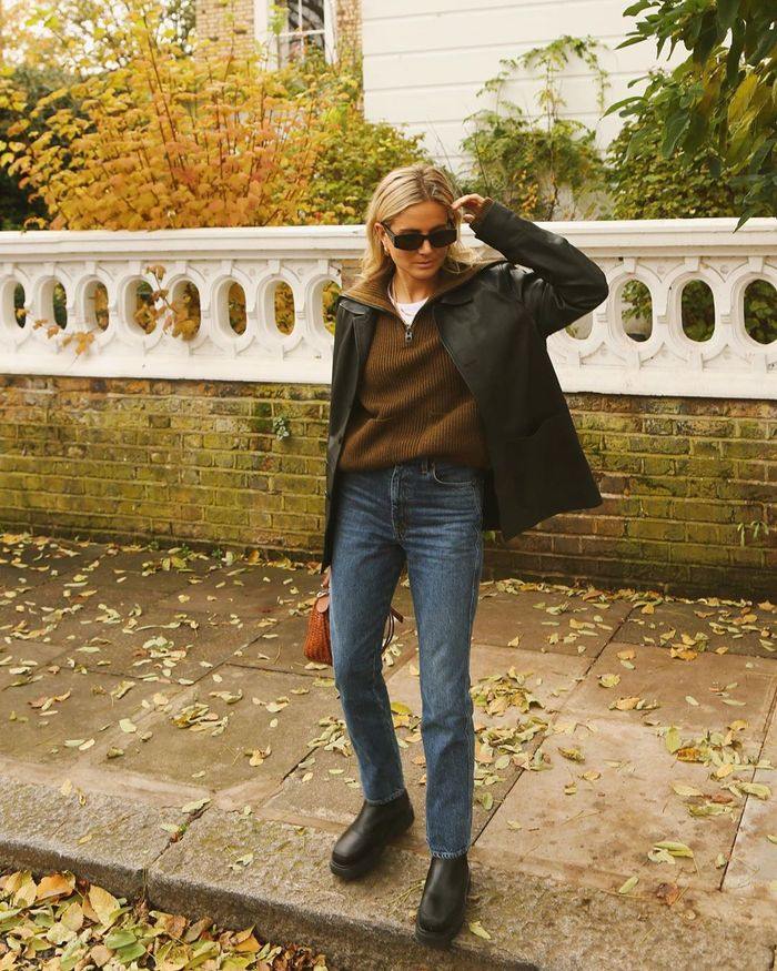 Best Zip-Up Jumpers: @lucywilliams02 wears a zip-up jumper
