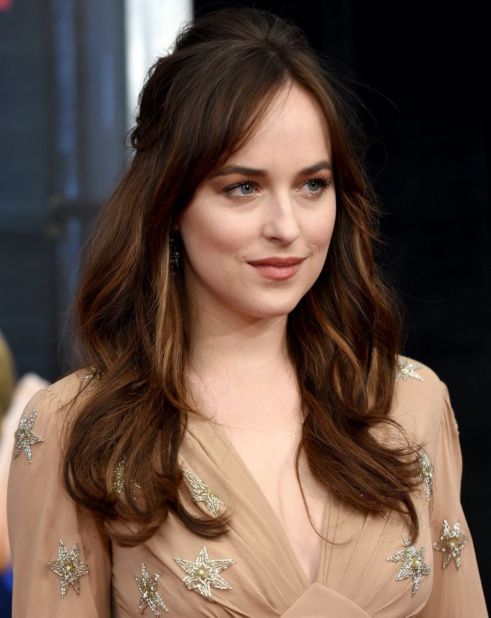 Best Bangs for Oval Face Shape