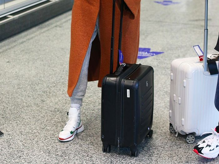 I'm a Germaphobe—These Are the 7 Things I'd Never Wear to the Airport