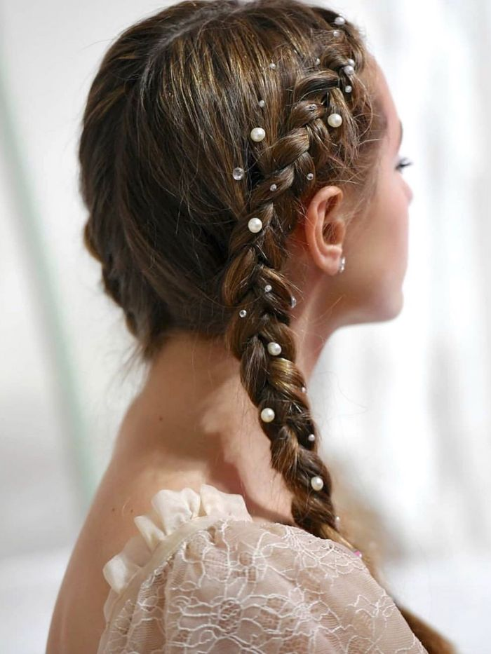 Astounding The 9 Best Hairstyles For New Years Eve 2020 Who What Wear Natural Hairstyles Runnerswayorg