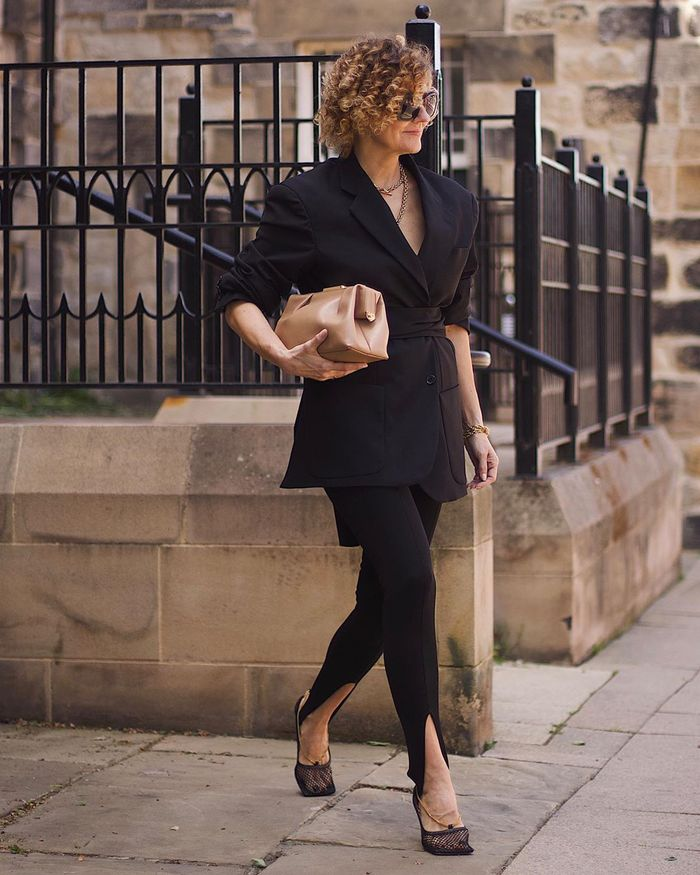 The 8 Best Outfits to Wear for Women Over 40