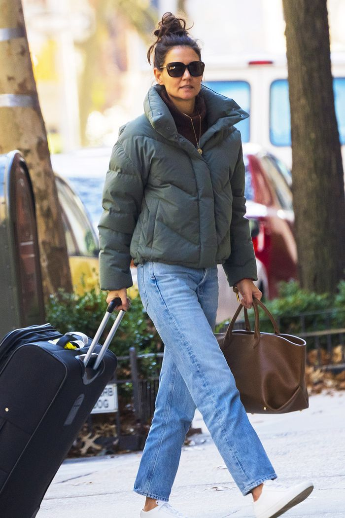 Katie Holmes travel outfit