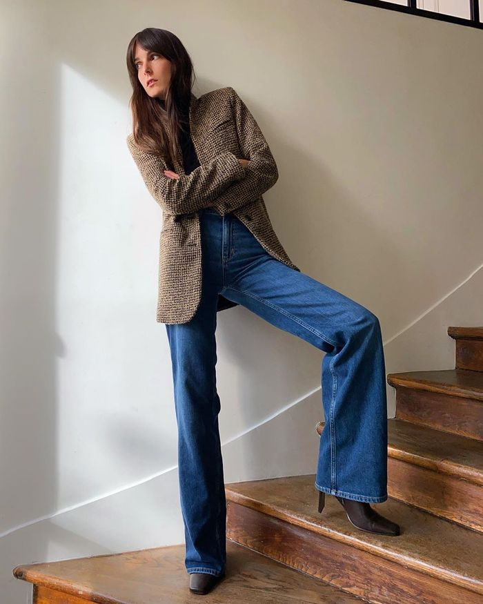 Update Your 2020 Wardrobe With Flared Jeans