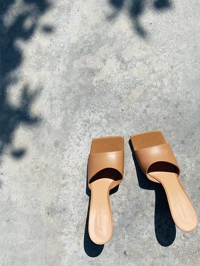 Bottega Veneta: Square Toe Mules