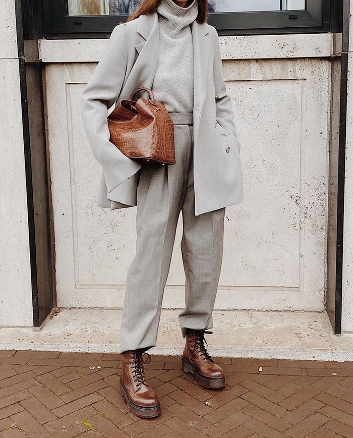 How to Wear a Suit in Winter: @modedamour in a suit
