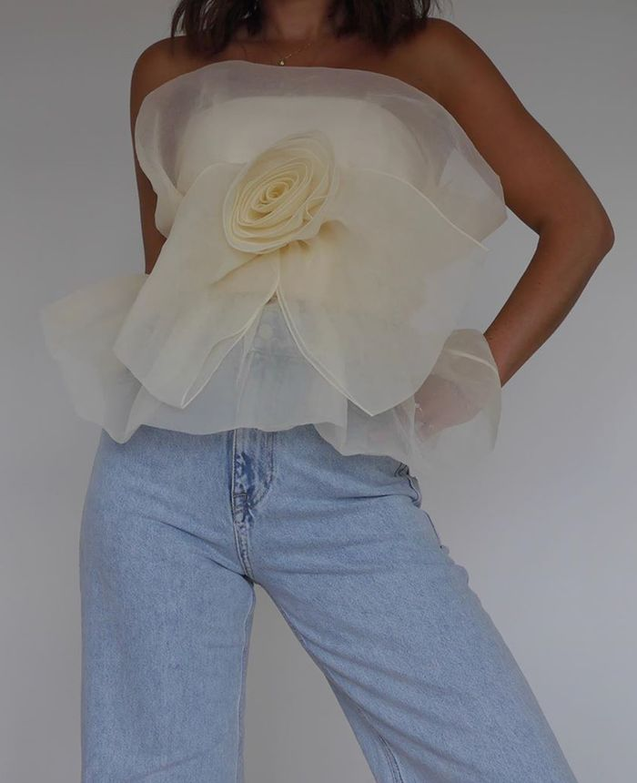 Best Zara Items 2020: jeans and sheer organza top