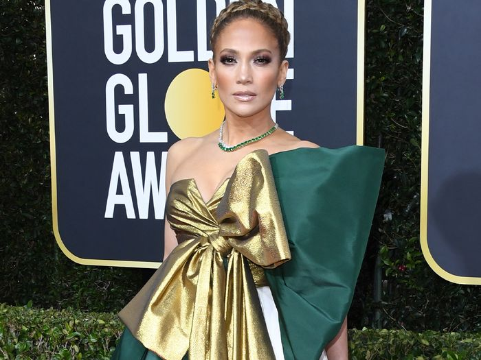 Every Striking Look From the Golden Globes Red Carpet