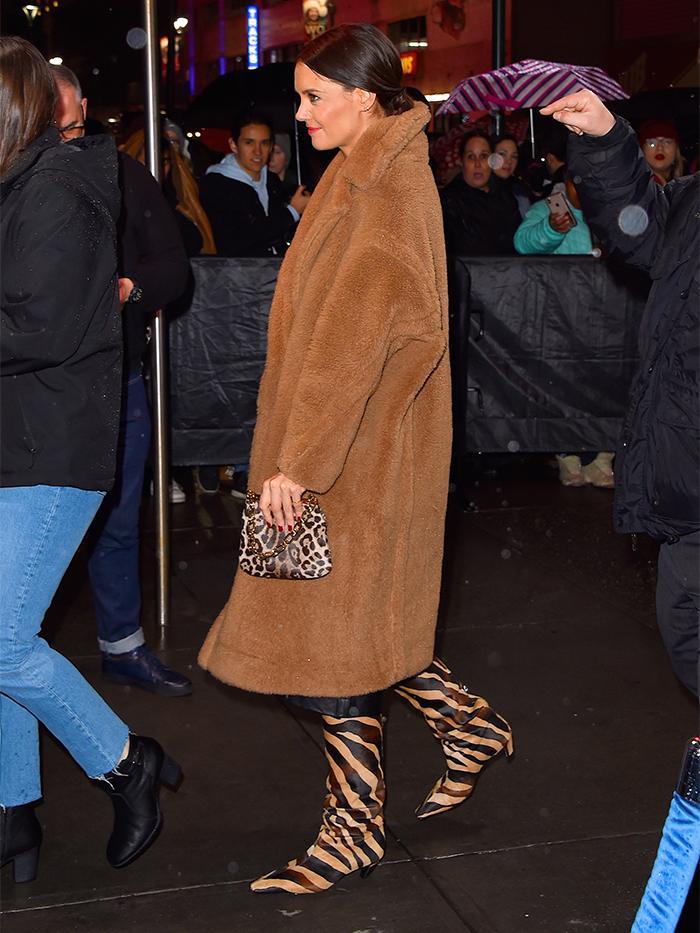 Katie Holmes: Max Mara Coat
