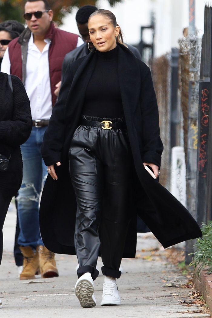 Jennifer Lopez Chanel belt