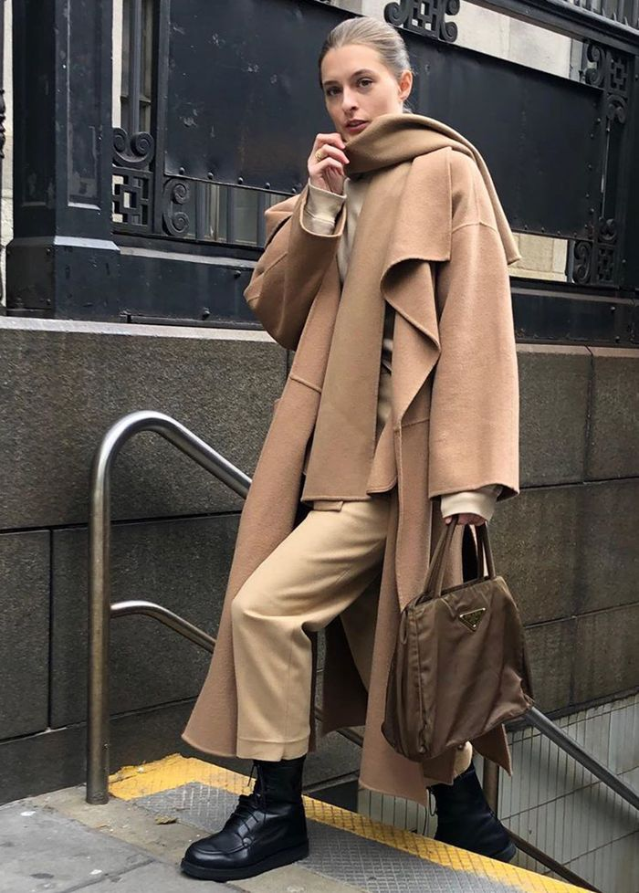 Outfits to try in 2020: camel coat