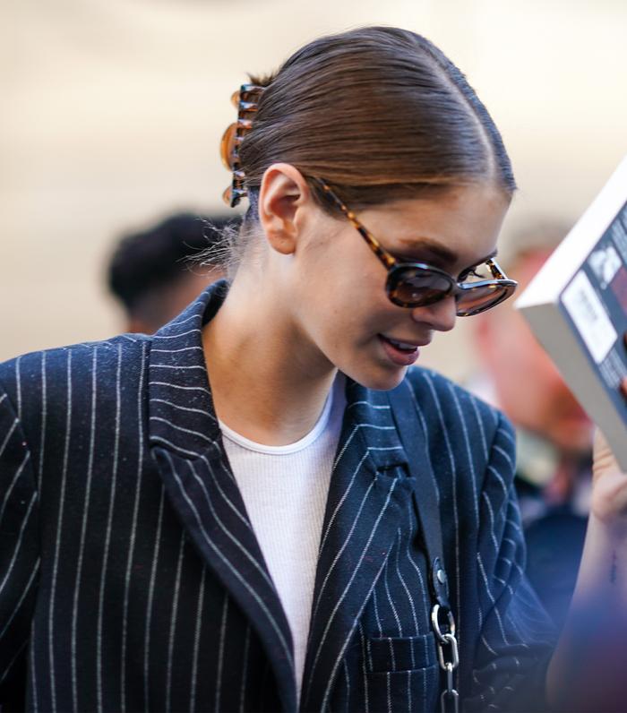 Fashion Girl Hair Accessories: Kaia Gerber in a Claw Hair Clip