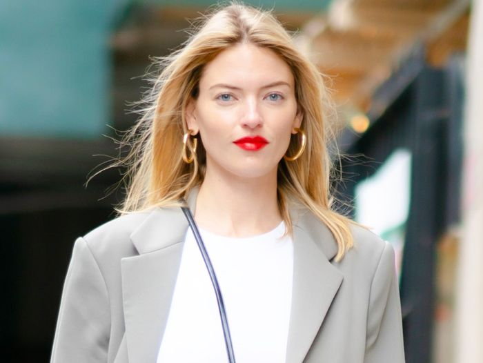 Martha Hunt Just Revealed Her Engagement Ring