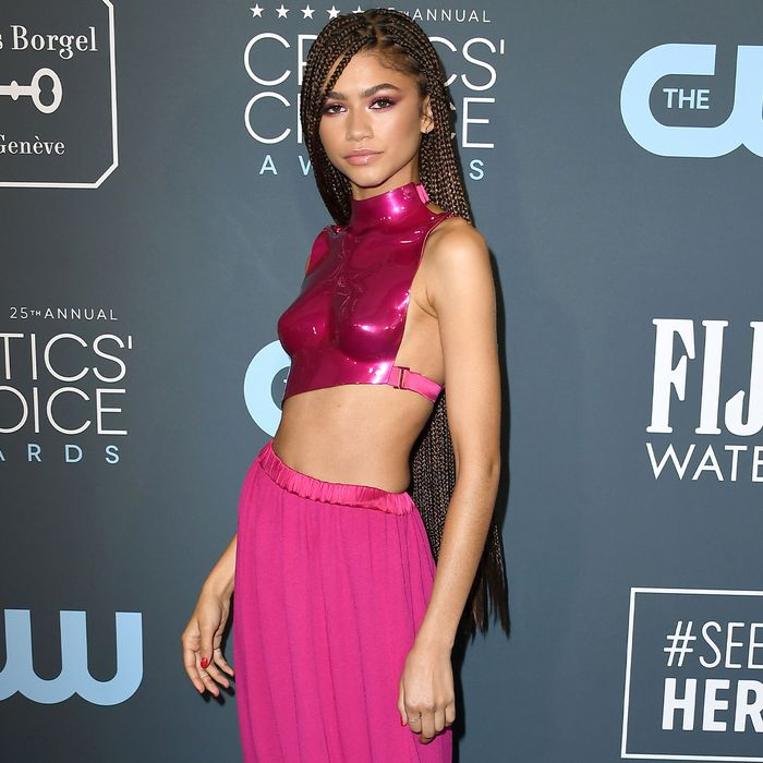 The Only Red Carpet Looks That Matter From the Critics' Choice Awards