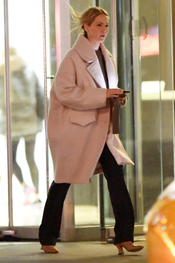 Jennifer Lawrence Style: Bottega Veneta
