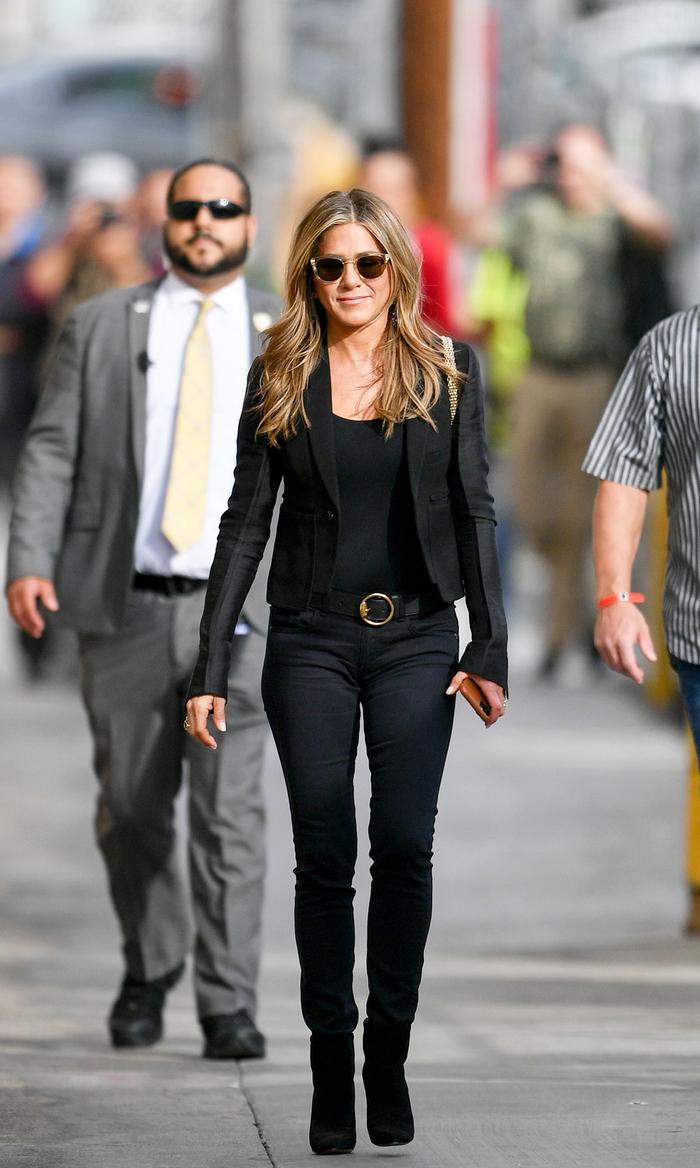 Jennifer Aniston Style With Skinny Jeans