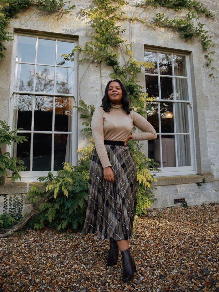 new in next: karina of style idealist wearing a next outfit