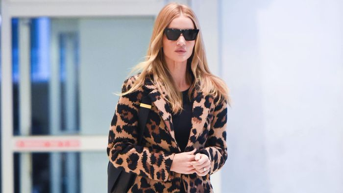 5 Chic Airport Outfits Celebs Are Wearing With Jeans RN