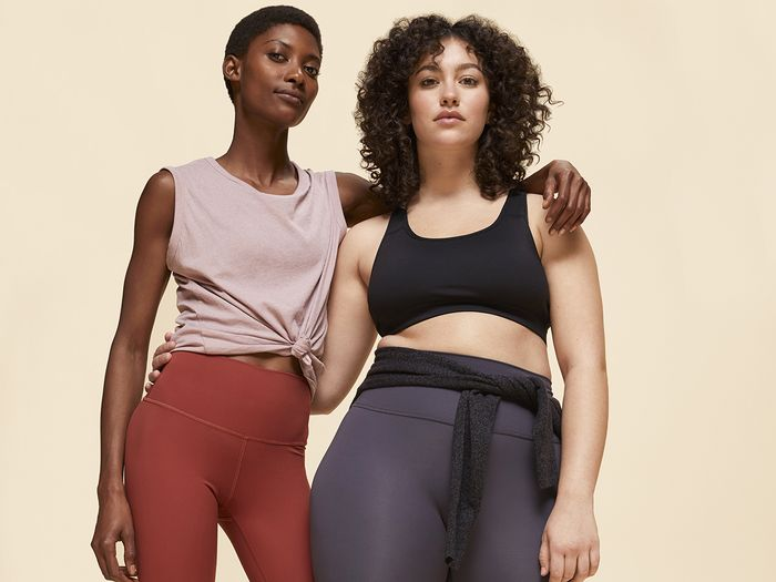 "I Tried Everlane's First-Ever Leggings That ""Do It All"" for $58"