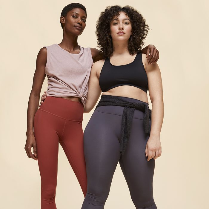 """I Tried Everlane's First-Ever Leggings That """"Do It All"""" for $58"""