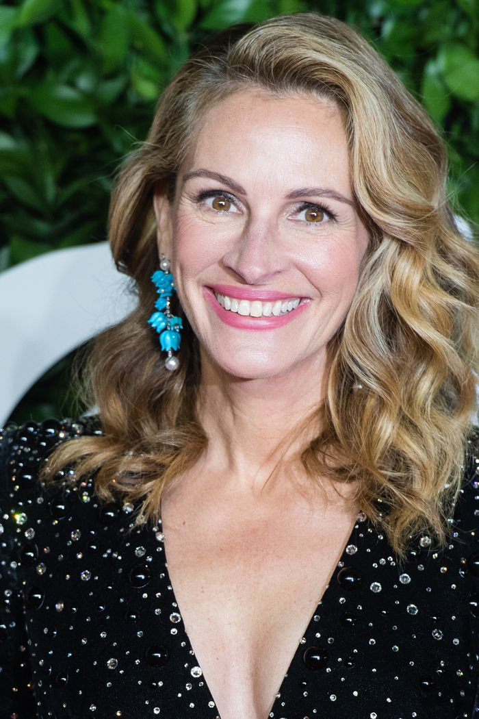 Julia Roberts Beauty Tips: Julia Roberts at The Fashion Awards