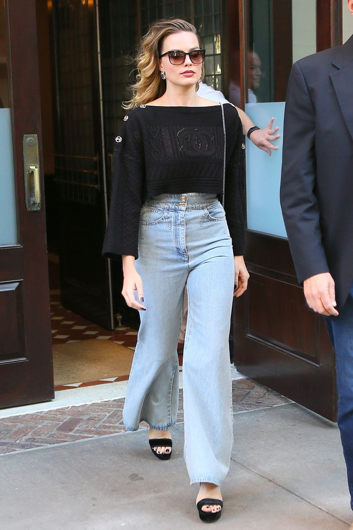 Margot Robbie high-rise wide-leg jeans