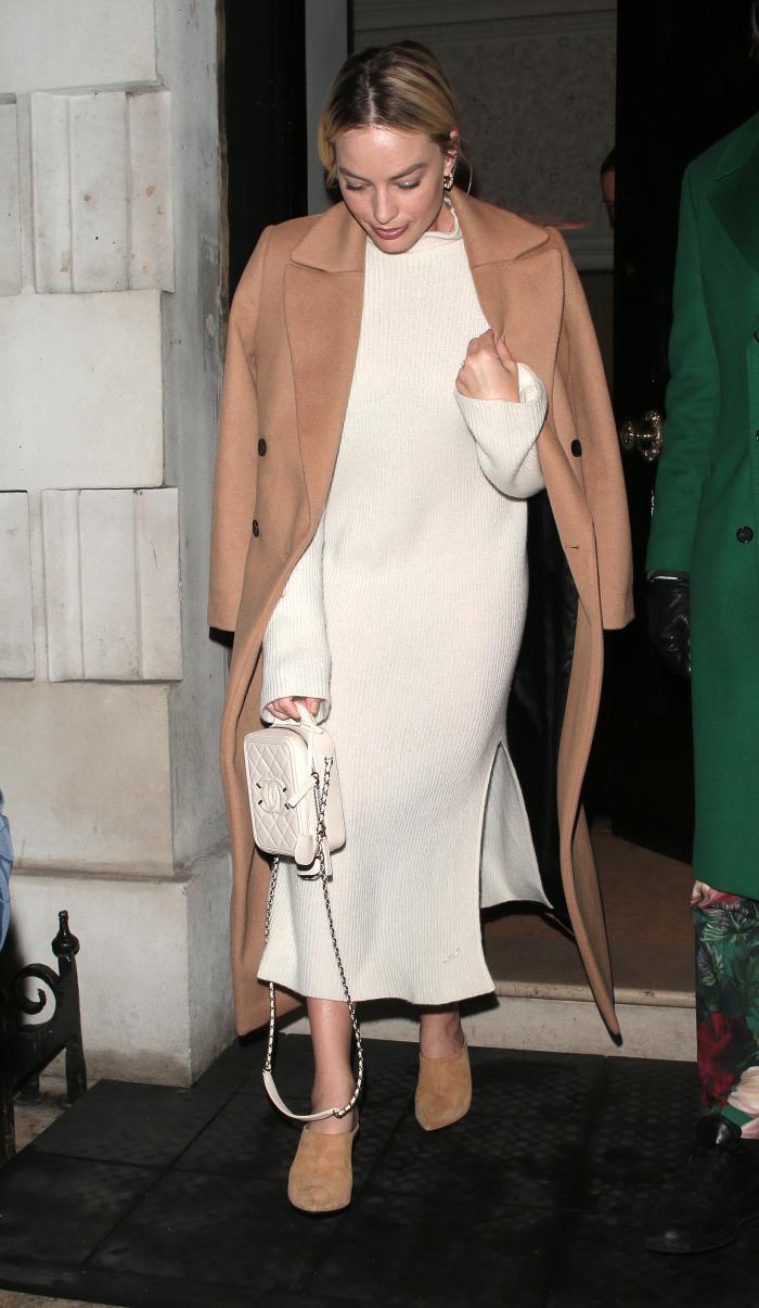 margot robbie minimalist wardrobe