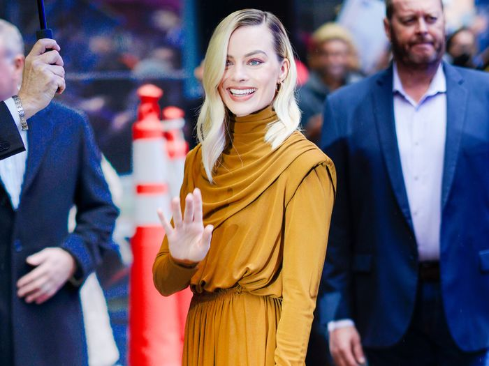 Margot Robbie Just Wore 4 Outfits We're Copying for Spring