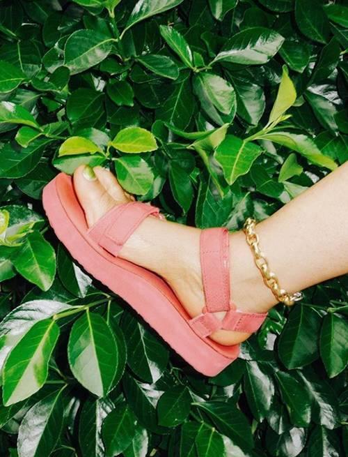 sandal trends 2020: