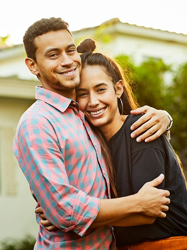 TK Signs of a Healthy Relationship, According to Therapists