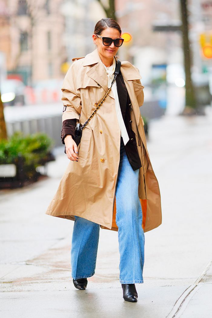 Katie Holmes trench coat