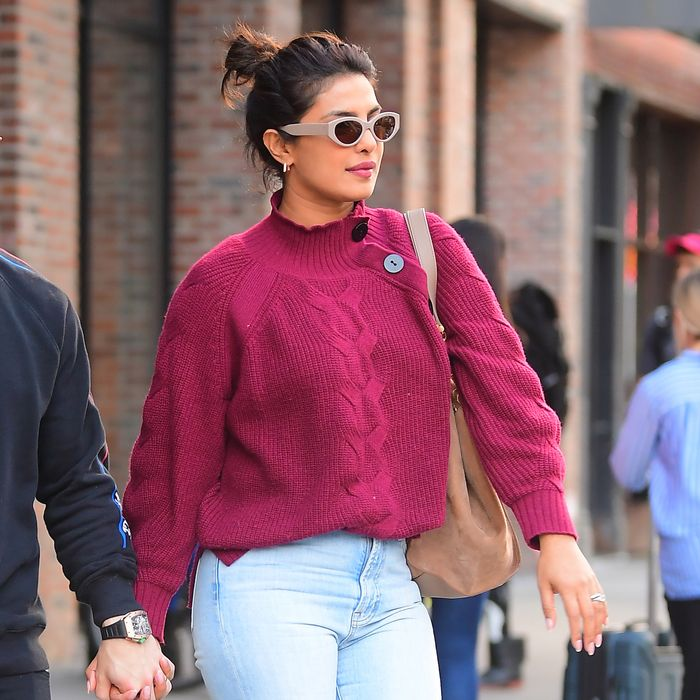The best winter-to-spring celebrity outfits with jeans