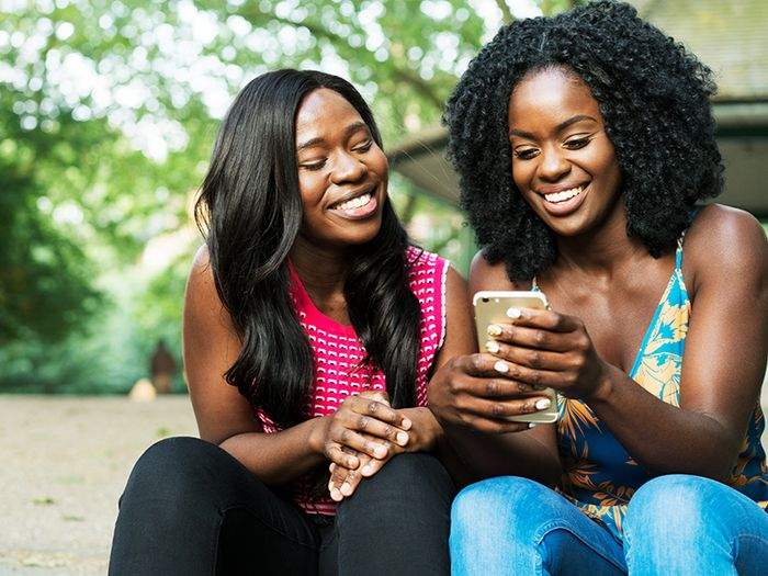 Your Guide to Being a Good Friend in the Age of Social Media