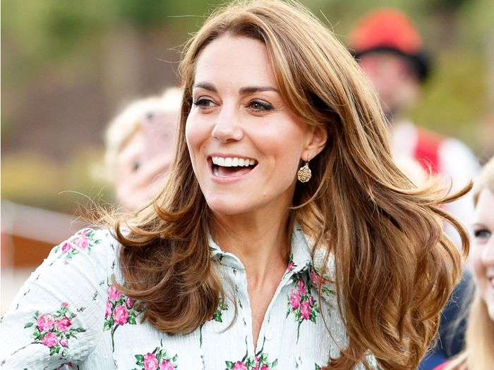 The Only 4 Shoe Styles Kate Middleton Wears With Dresses